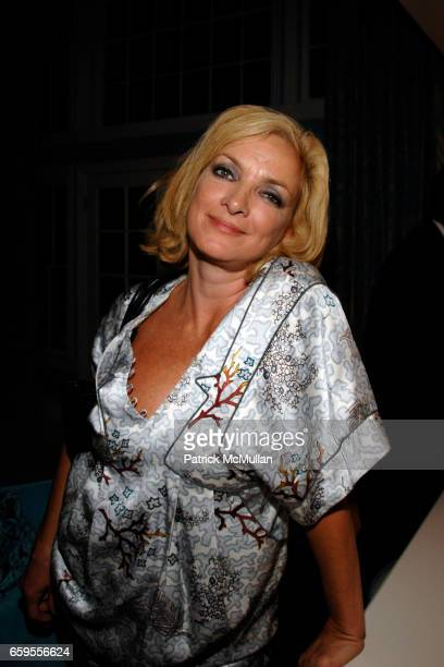 Perri Lister attends ANGELA JANKLOW and JEFF STEIN Dinner at Private Residence on October 8 2009 in Los Angeles California