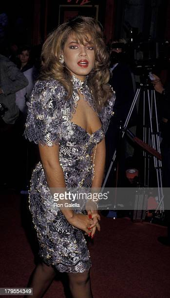Perri Pebbles Reid attends the premiere of Beverly Hills Cop II on May 19 1987 at Mann Chinese Theater in Hollywood California