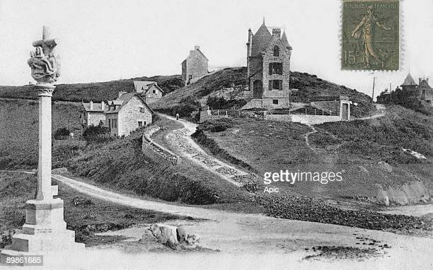 Perros Guirec Calvary of Trestrignel poscard c 1920