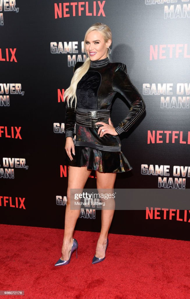 "Premiere Of Netflix's ""Game Over, Man!"" - Arrivals : News Photo"