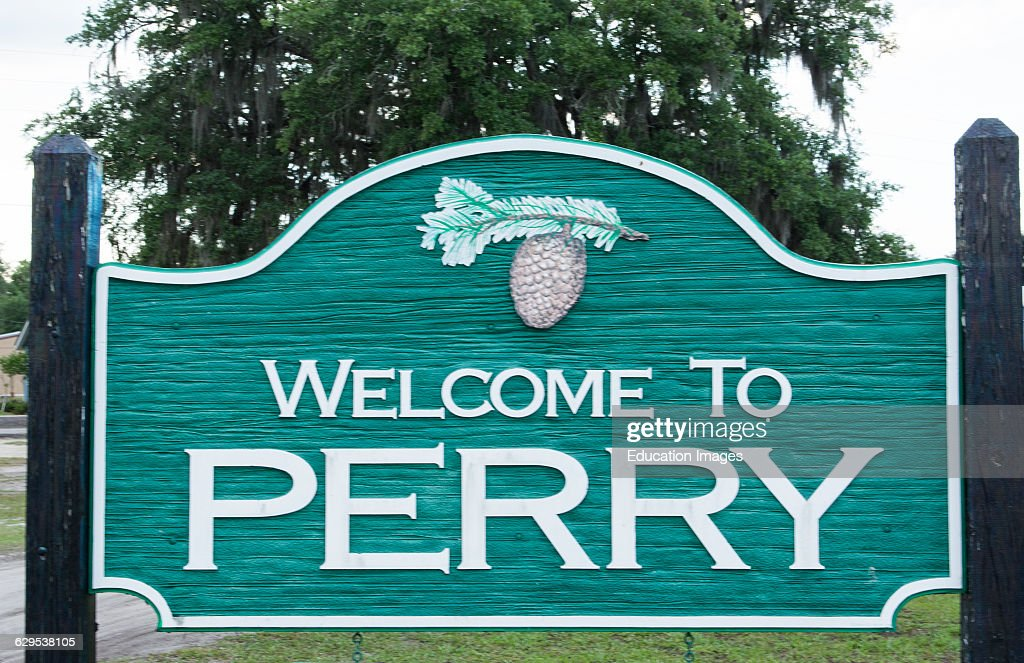 perry florida sign of welcome to the town in the florida panhandle