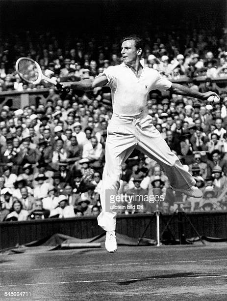 Perry, Fred *18.05..1995+Tennis Player, GBduring a tennis tournament in Wimbledon.- 1934