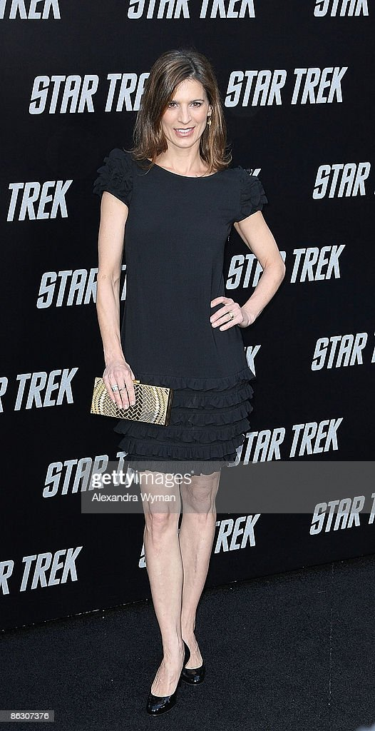 Perry Reeves arrives at the Los Angeles premiere of 'Star Trek' at the Grauman's Chinese Theater on April 30, 2009 in Hollywood, California.