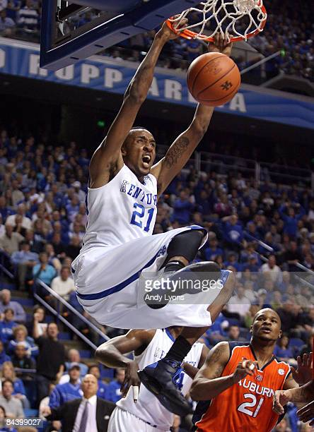 Perry Stevenson of the Kentucky Wildcats dunks the ball during the SEC game against the Auburn Tigers at Rupp Arena on January 21 2009 in Lexington...