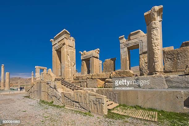 persepolis, shiraz, iran - ペルシア文化 ストックフォトと画像