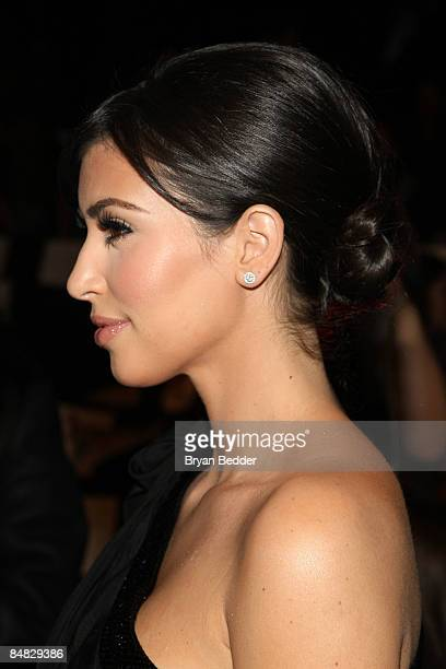 TV persoanlity Kim Kardashian attends the Badgley Mischka Fall 2009 fashion show during MercedesBenz Fashion Week in the Tent at Bryant Park on...