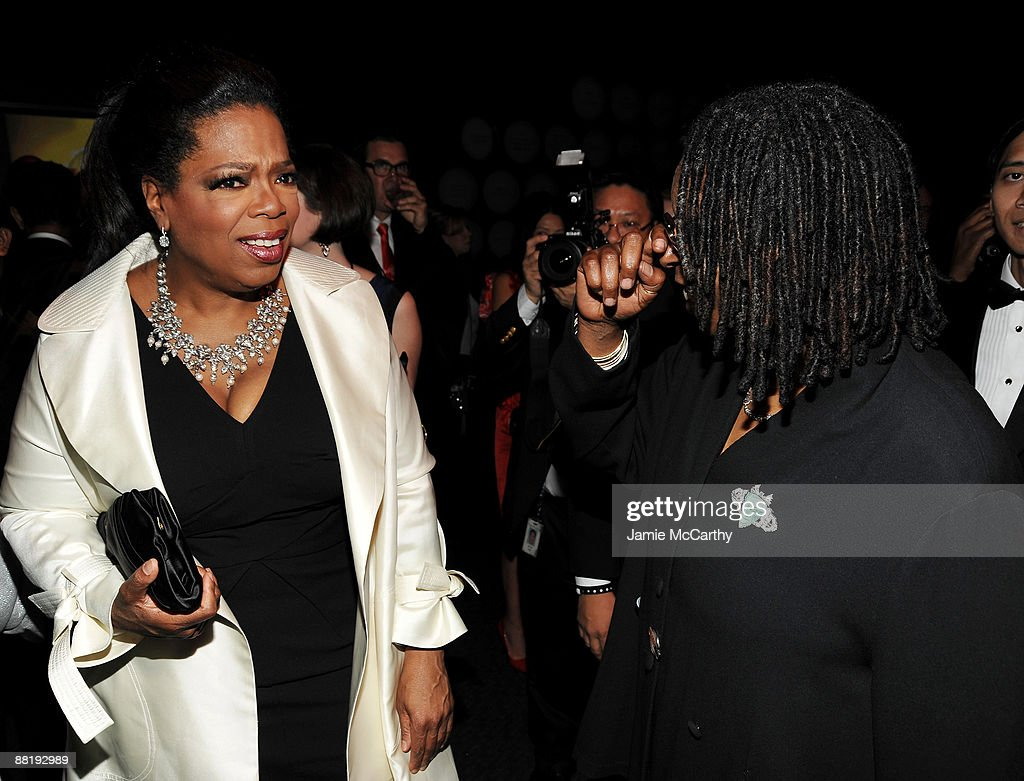 TV persoanlity Oprah Winfrey and actress Whoopi Goldberg attend Time's 100 Most Influential People in the World Gala at the Frederick P. Rose Hall at Jazz at Lincoln Center on May 5, 2009 in New York City.