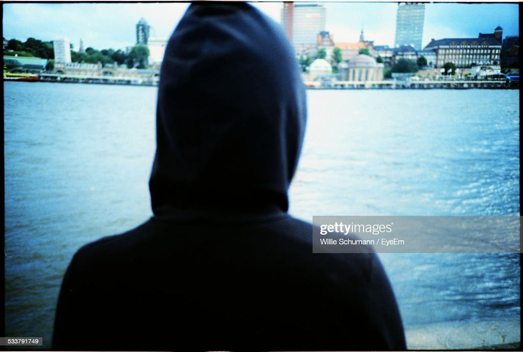 Person In Hooded Shirt : Foto stock
