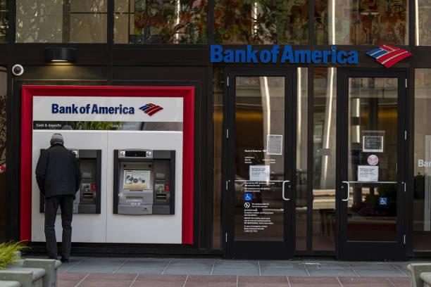 CA: A Bank Of America Branch Ahead Of Earnings Figures