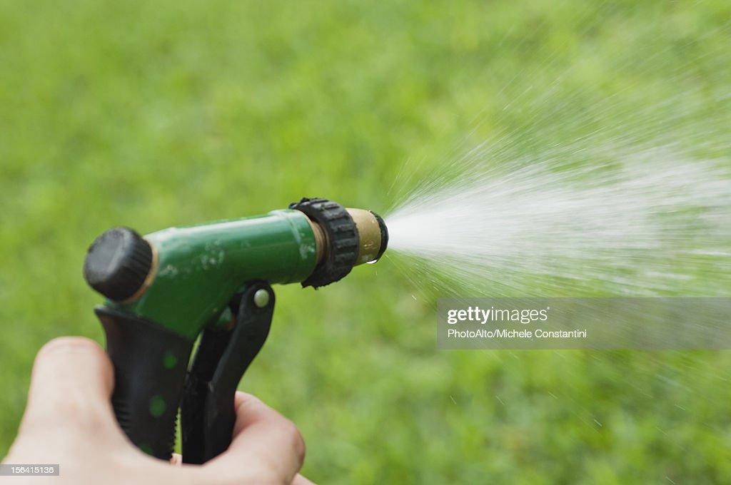 Garden Hose Spray - Garden Inspiration