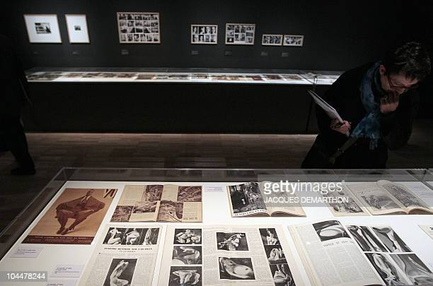 A person visits a retrospective dedicated to HungarianBorn US photographer Andre Kertesz on September 27 2010 at the Jeu de Paume in Paris on the eve...