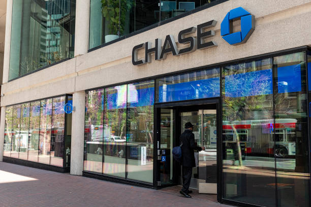 CA: A JPMorgan Chase Bank Branch Ahead Of Earnings Figures