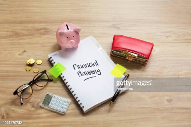 personal financial planning concept still life. - finanzplanung stock-fotos und bilder