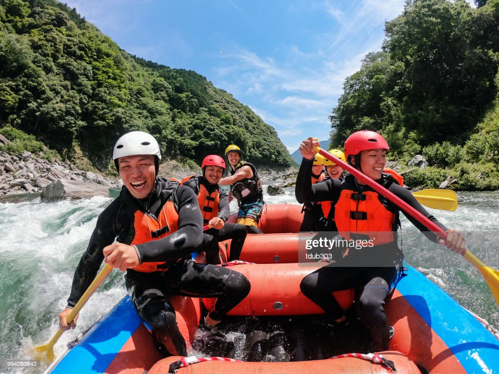 Personal point of view of a white water river rafting excursion : Foto stock