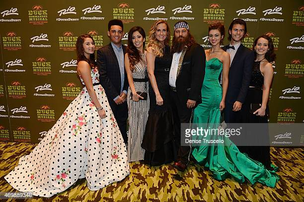 TV personalities Bella Robertson Korie Robertson Willie Robertson Sadie Robertson and John Luke Robertson arrive at the world premiere of Duck...