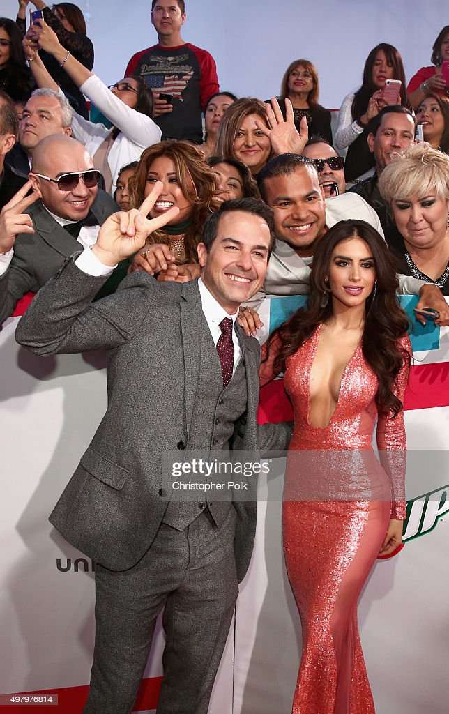 16th Latin GRAMMY Awards - Red Carpet : Nieuwsfoto's