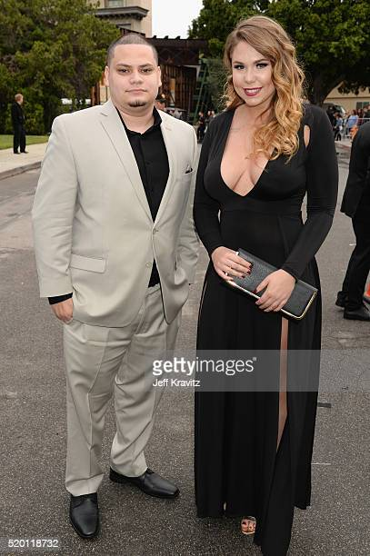 TV personalities Jo Rivera and Kailyn Lowry attend the 2016 MTV Movie Awards at Warner Bros Studios on April 9 2016 in Burbank California MTV Movie...