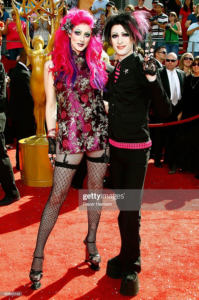 TV personalities Kynt Cothron (L) and Vyxsin Fiala of 'The Amazing Race' arrives at the 60th Primetime Emmy Awards held at Nokia Theatre on September 21, 2008 in Los Angeles, California.