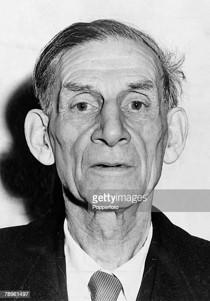 Personalities, Literature, pic: December 1961, English poet and novelist Siegfried Sassoon, portrait