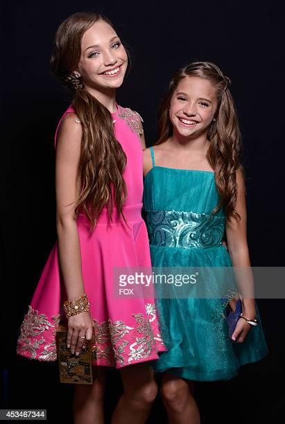 Personalities Maddie Ziegler and Mackenzie Ziegler pose for a portrait during the FOX 2014 Teen Choice Awards at The Shrine Auditorium on August 10...