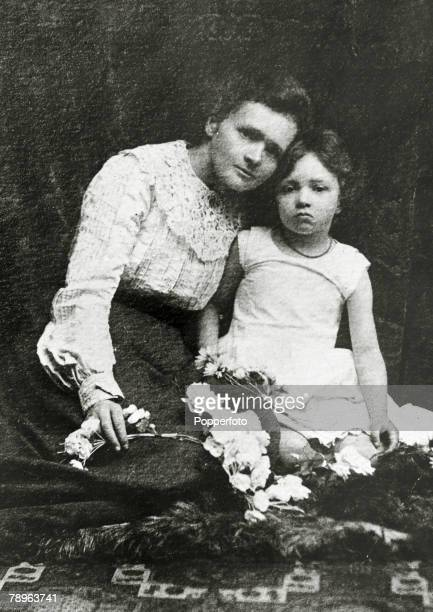 Personalities Medicine Science/Health pic circa 1903 Marie Curie 18671934 pictured in a studio portrait with her daughter Irene born in 1897 Marie...