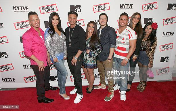 Personalities Mike 'The Situation' Sorrentino Jenni 'JWOWW' Farley Paul 'Pauly D' Delvecchio Deena Cortese Vinny Guadagnino Ronnie OrtizMagro Sammi...