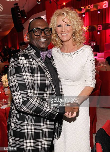 Personalities Randy Jackson and Sandra Lee attend the 21st Annual Elton John AIDS Foundation Academy Awards Viewing Party at West Hollywood Park on...