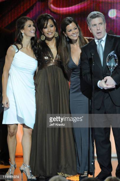 TV personalities Samantha Harris Carrie Ann Inaba Brooke Burke and Tom Bergeron accept the Favorite Competition/Reality Show award at the 35th Annual...