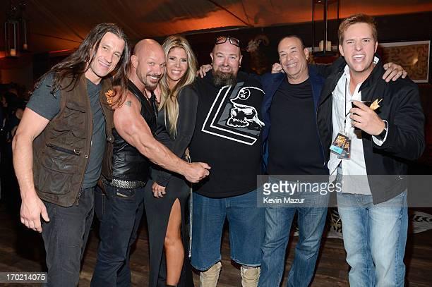 Personalities Urban Tarzan, Todd Howard, Randye Howard, Clinton Jones, Jon Taffer and Allen Haff attend the 2013 Spike TV Guys Choice at Sony...