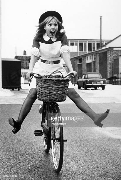 "Personalities,Stage and Screen, pic: March 1970, British actress Tessa Wyatt playing a nurse for a film ""Young Man I Think You're Dying"", Tessa Wyatt..."