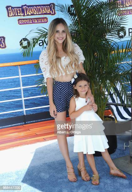 Personality Amanda Stanton and daughter Kinsley Buonfiglia arrive for Columbia Pictures And Sony Pictures Animation's World Premiere Of Hotel...