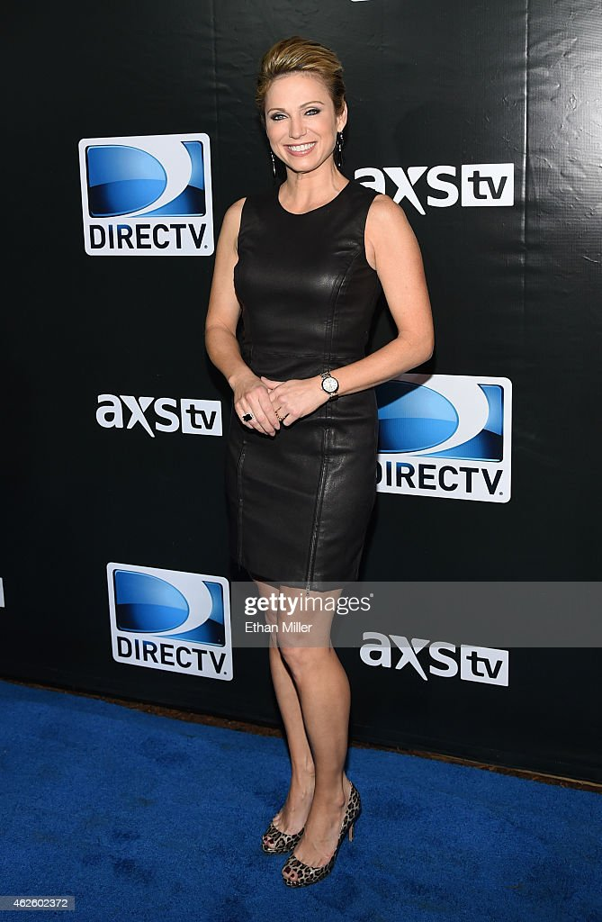 DirecTV Super Saturday Night Hosted By Mark Cuban's AXS TV And Pro Football Hall Of Famer Michael Strahan - Arrivals : News Photo