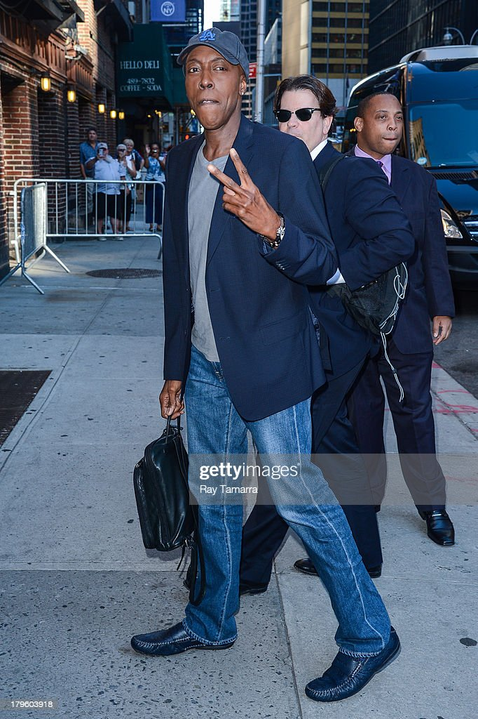TV personality Arsenio Hall enters the 'Late Show With David Letterman' taping at the Ed Sullivan Theater on September 5, 2013 in New York City.