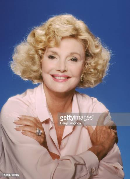 Personality Barbara Sinatra poses for a portrait in 19987 in Los Angeles, California.