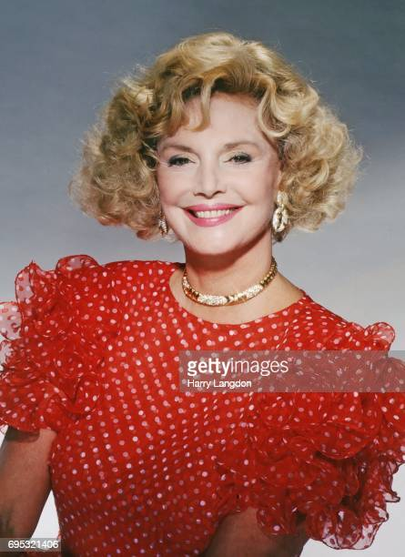 Personality Barbara Sinatra poses for a portrait in 19987 in Los Angeles California