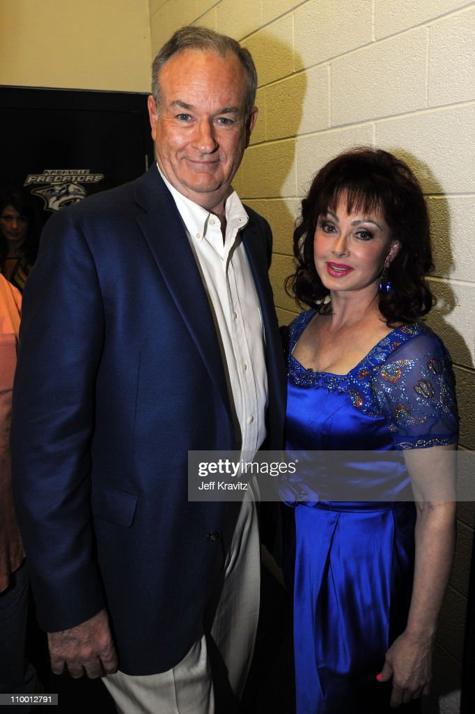 TV personality Bill O'Reilly and musician Naomi Judd attend the 2009 CMT Music Awards at the Sommet Center on June 16, 2009 in Nashville, Tennessee.