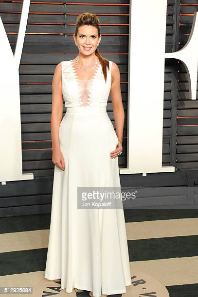 TV personality Carly Steel attends the 2016 Vanity Fair Oscar Party hosted By Graydon Carter at Wallis Annenberg Center for the Performing Arts on...
