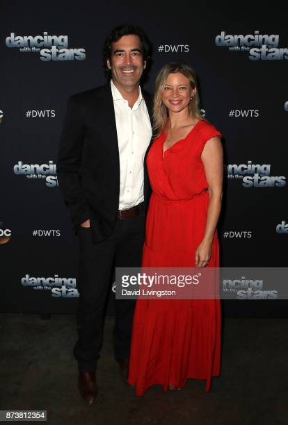 TV personality Carter Oosterhouse and wife actress Amy Smart pose at 'Dancing with the Stars' season 25 at CBS Televison City on November 13 2017 in...