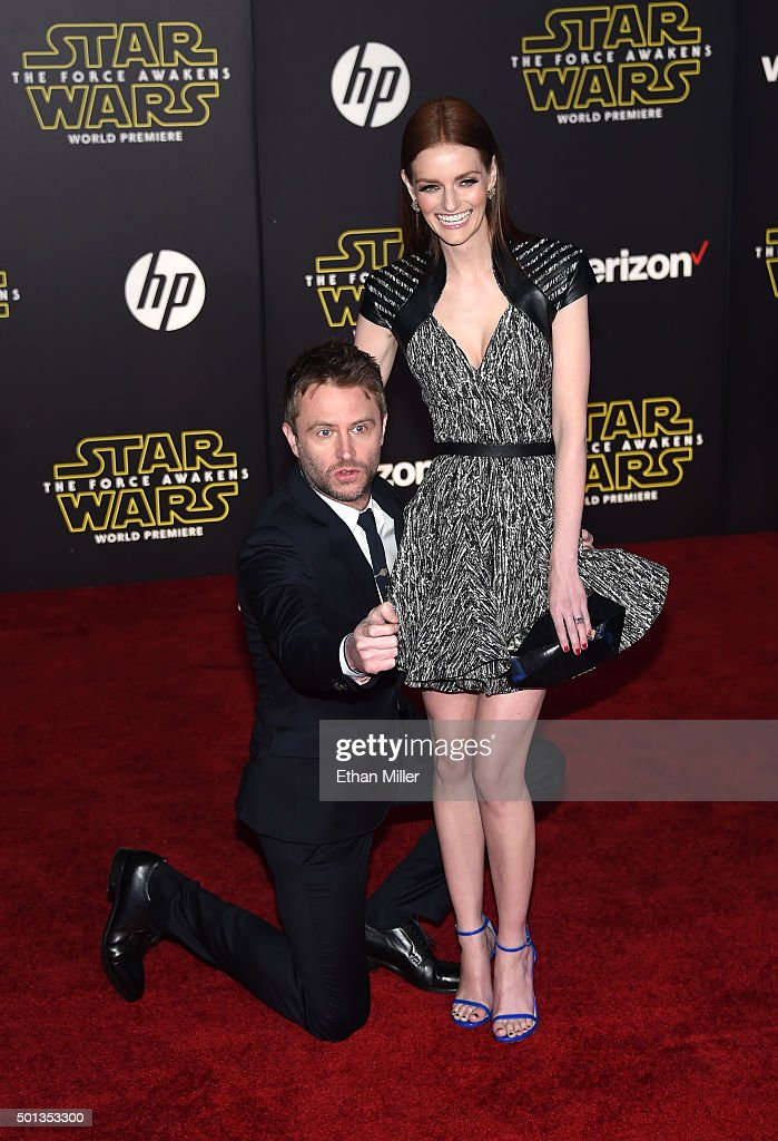 "Premiere Of Walt Disney Pictures And Lucasfilm's ""Star Wars: The Force Awakens"" - Arrivals : Fotografía de noticias"
