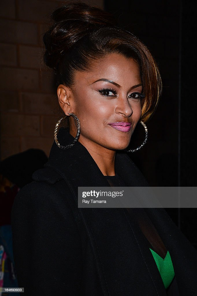 TV personality Claudia Jordan enters her Midtown Manhattan hotel on March 26, 2013 in New York City.