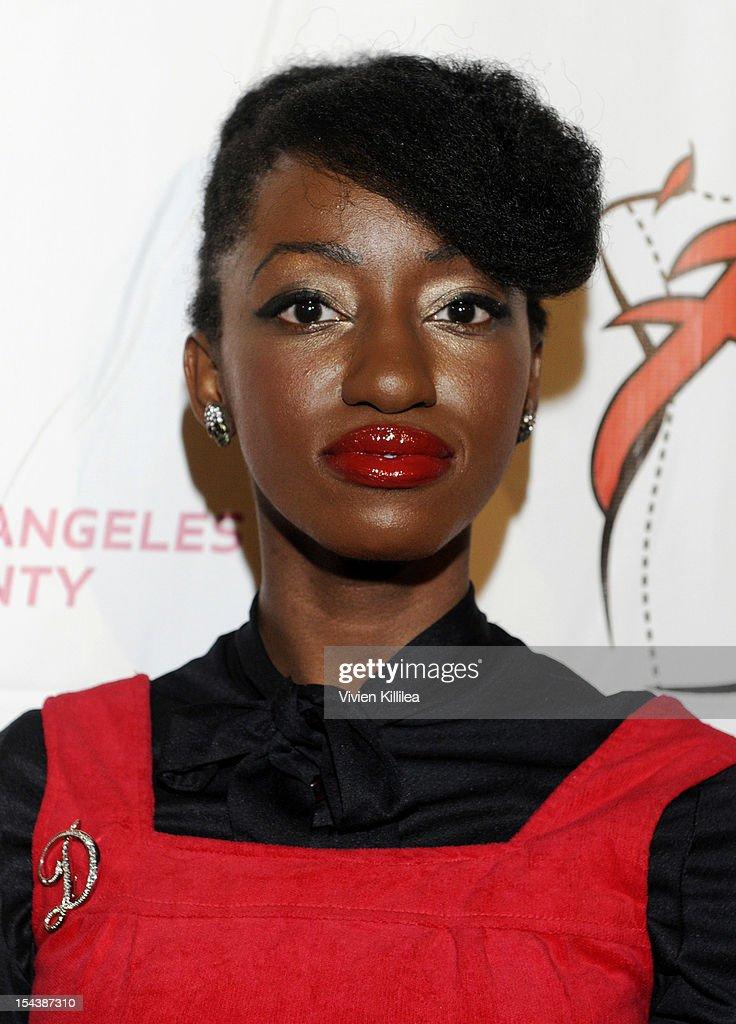 Tv Personality Dallas Harrison Attends La Fashion Week Fashion Minga