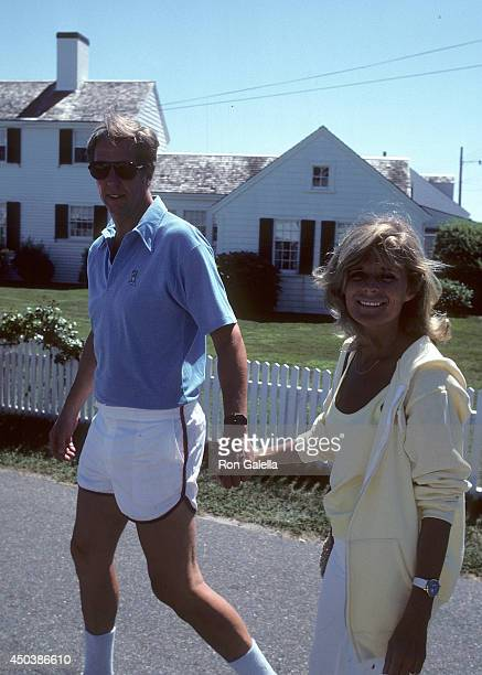 TV personality David Hartman and wife Maureen Downey attend the 10th Annual Robert F Kennedy ProCelebrity Tennis Tournament on August 21 1981 at the...