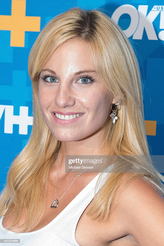 """VH1's """"Dating Naked"""" Premiere Party : News Photo"""