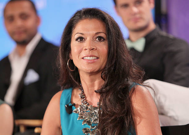 Dina eastwood photos images de dina eastwood getty images for 18 8 salon pasadena