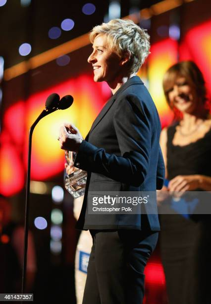TV personality Ellen DeGeneres accepts the Favorite Daytime TV Host award for 'The Ellen DeGeneres Show' onstage at The 40th Annual People's Choice...