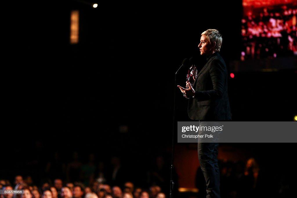 People's Choice Awards 2016 - Roaming show : News Photo