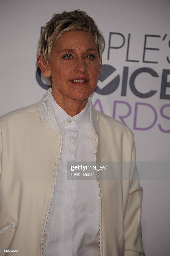 USA - People's Choice Awards 2015 - arrivals : News Photo
