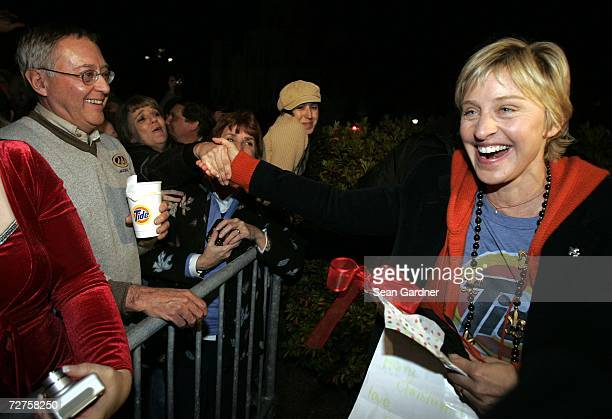 Personality Ellen DeGeneres greets fans before lighting Jackson Square holiday display on December 6, 2006 in New Orleans, Louisiana.