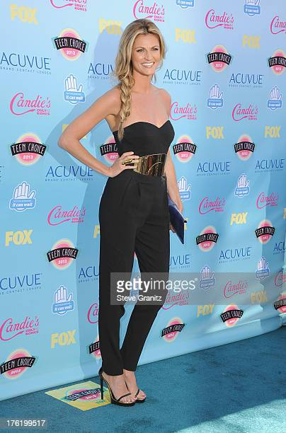 Personality Erin Andrews attends the 2013 Teen Choice Awards at Gibson Amphitheatre on August 11, 2013 in Universal City, California.