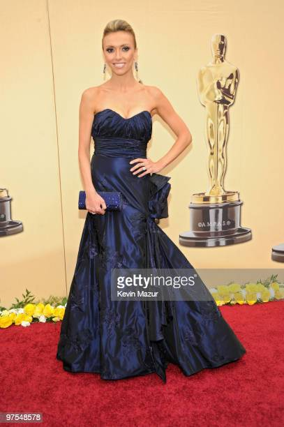 Personality Giuliana Rancic arrives at the 82nd Annual Academy Awards at the Kodak Theatre on March 7, 2010 in Hollywood, California.